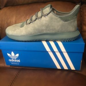 BRAND NEW Adidas Tubular Shadow shoes Size 11